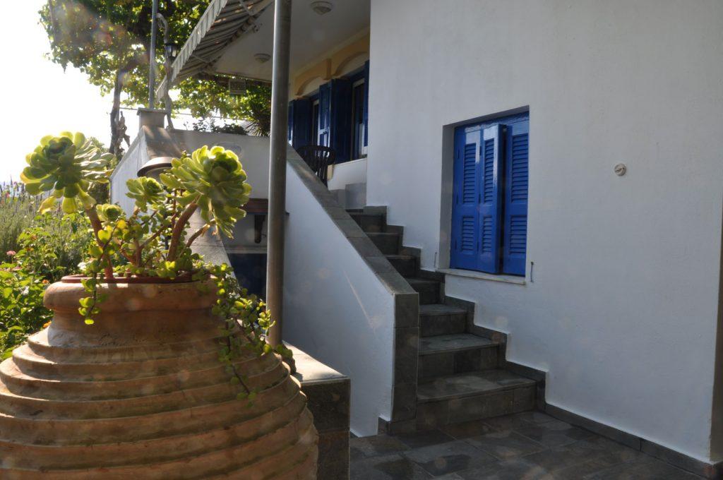 08-villapanorama(outside)