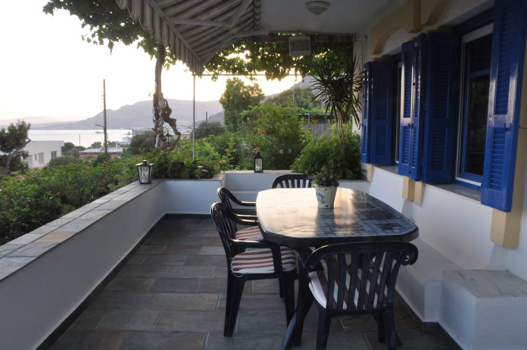 09-villapanorama(balcony)
