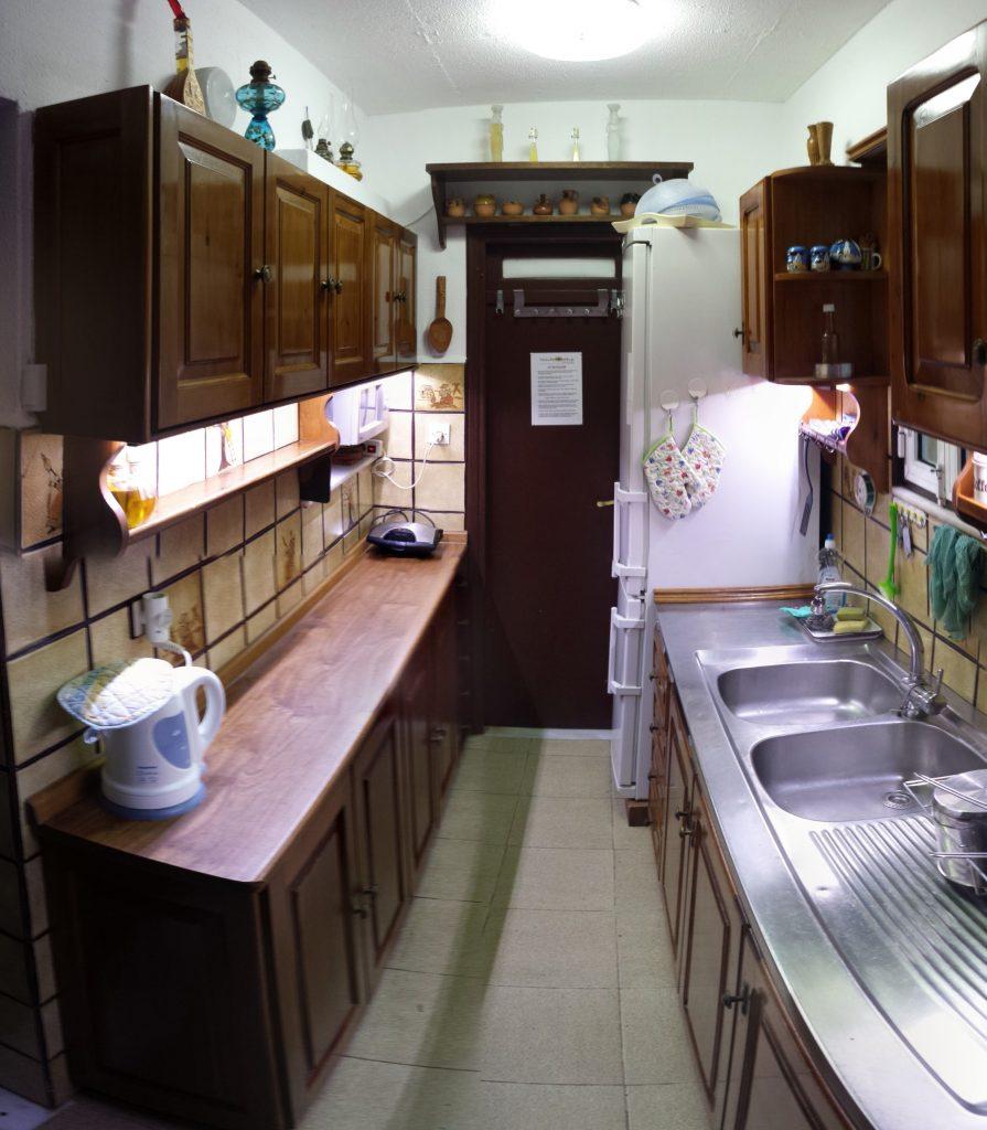 16-villapanorama(kitchen)